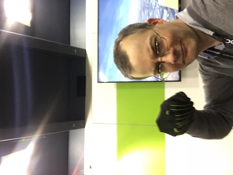 17_Handschuh2.JPG
