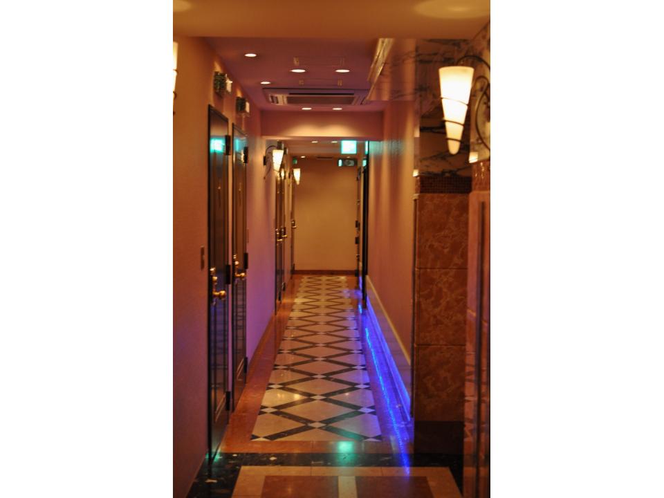31_Lovehotel14.jpg