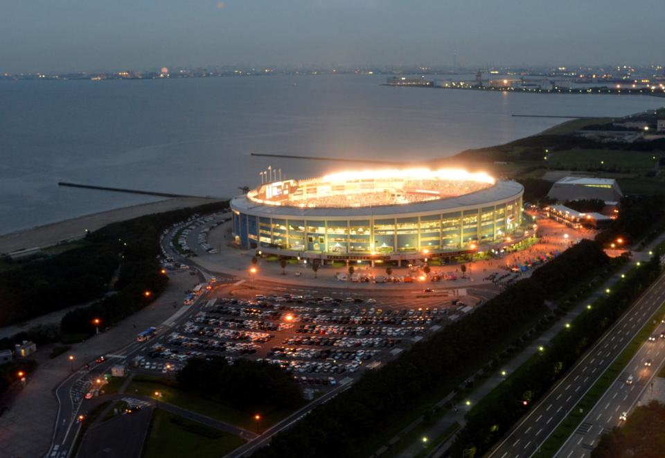 mi-01-stadion1.JPG