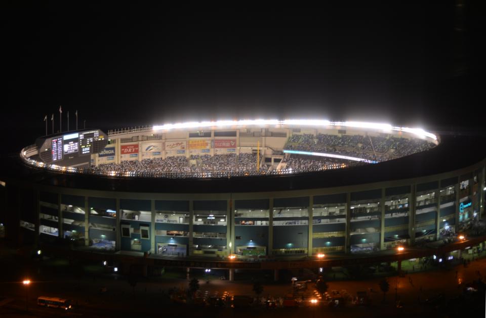 mi-33-stadion-gross.JPG