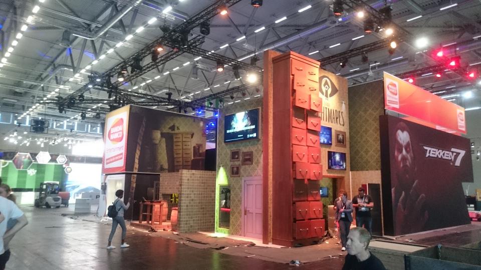 gamescom2016_tag1_namcoimaufbau_0.jpg