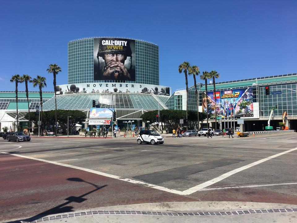 E32017_Tag2_000.jpg