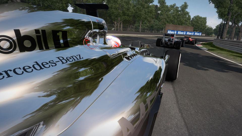 F1_2014_09.jpg
