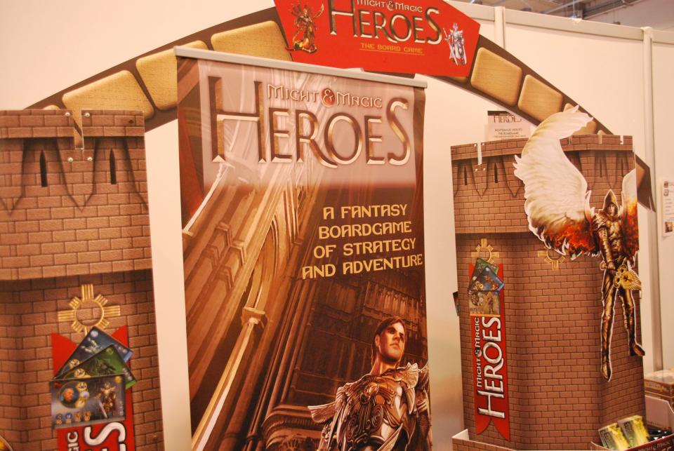 heroes_1.jpg